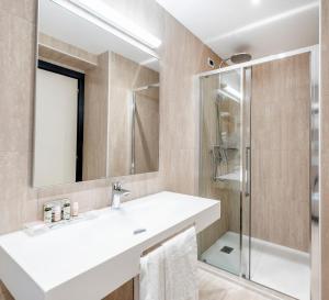 A bathroom at Hotel Asnigo