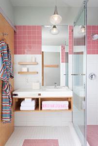 Kupatilo u objektu East Austin Hotel