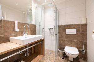 Ein Badezimmer in der Unterkunft Hotel Garni Sonnhof