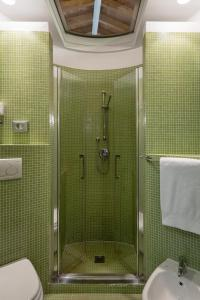 A bathroom at Hotel Mastino
