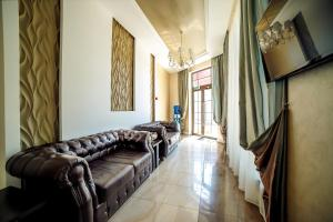 A seating area at Guest House Asteria