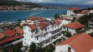A bird's-eye view of Villa Jadran