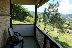 Een balkon of terras bij Kelimutu Viewbungalows