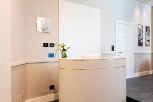 A bathroom at Amadomus Luxury Suites