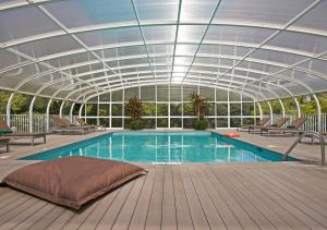 The swimming pool at or near Quintinha Sao Joao Hotel & Spa