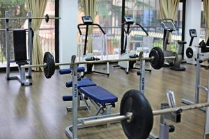 The fitness center and/or fitness facilities at Hotel Metropol – Metropol Lake Resort