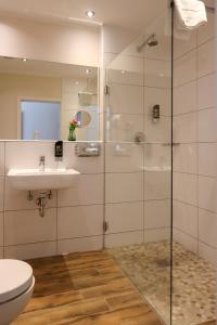A bathroom at Hotel Gut Moschenhof