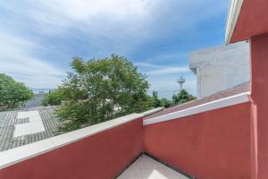 Балкон или терраса в Lalinn Hotel