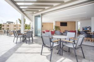 A restaurant or other place to eat at Venezia Resort Hotel