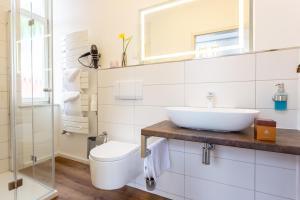 A bathroom at Villa Sachsenhof
