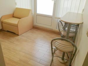 Ein Sitzbereich in der Unterkunft Agava