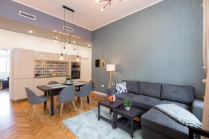 Posezení v ubytování Royal Ferenciek Apartment