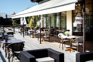 A restaurant or other place to eat at Spa Hotel Ezeri