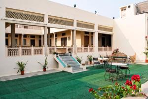 Piscina en o cerca de Hotel Arya Niwas