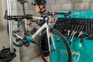 Montar en bicicleta en LAVIDA Hotel at PGA Catalunya o alrededores