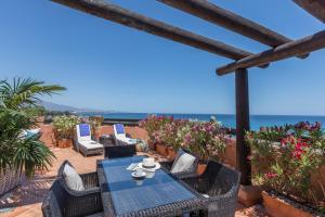 En restaurang eller annat matställe på Kempinski Hotel Bahía Beach Resort & Spa