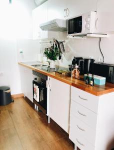 A cozinha ou kitchenette de Domus Avocat