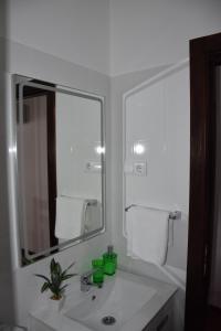 Uma casa de banho em Domus Avocat