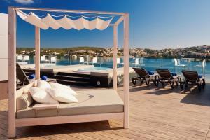 Piscina en o cerca de Barceló Hamilton Menorca Adults Only
