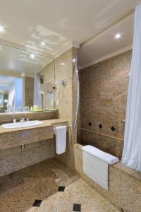 Um banheiro em Pullman Rio de Janeiro Sao Conrado
