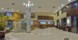 The lobby or reception area at Iate Plaza Hotel