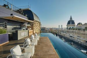 The swimming pool at or near Ohla Barcelona