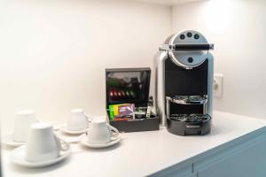 Coffee and tea-making facilities at SET Hotel.Residence by Teufelhof Basel