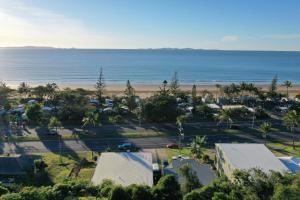 A view of the pool at Yeppoon Beachhouse or nearby