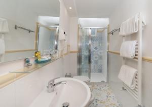 Ванная комната в Hotel Il Girasole