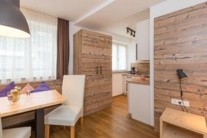 Cucina o angolo cottura di Dolomite Apartments Winklwiese