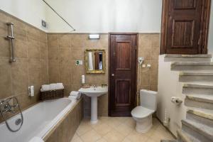 Łazienka w obiekcie Zamek Kliczków Centrum Konferencyjno-Wypoczynkowe