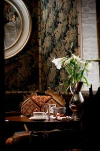 A restaurant or other place to eat at The Witchery by the Castle