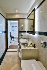 Um banheiro em Dreamland Golf Hotel Baku