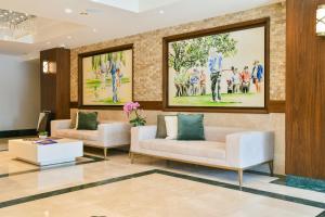 O saguão ou recepção de Dreamland Golf Hotel Baku