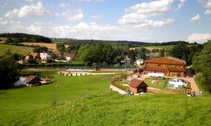 Letecký snímek ubytování Sport-hotel Šibeniční vrch