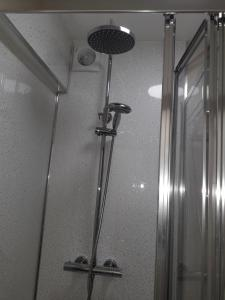 A bathroom at The New Inn Newton DERBYSHIRE