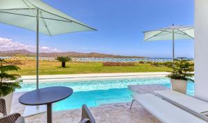 Бассейн в Senator Puerto Plata Spa Resort или поблизости