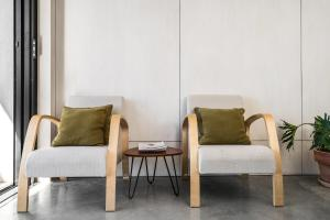 A seating area at Blackbird Luxury Accommodation