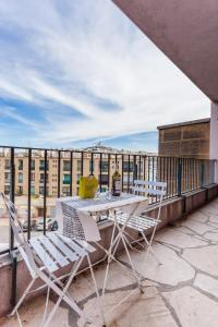 A balcony or terrace at Le Minot