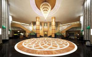 The lobby or reception area at Sheraton Xi'an Hotel