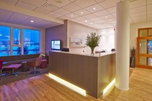The lobby or reception area at Icelandair Hotel Herad