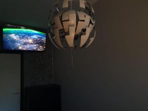 Een TV en/of entertainmentcenter bij Black & White G&G