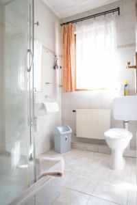 A bathroom at Hotel Szent István