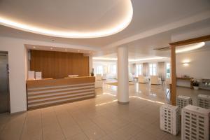 Hall ou réception de l'établissement The George Hotel Mykonos