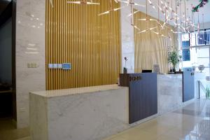 The lobby or reception area at Gran Mundo Hotel & Suites