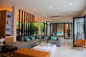 A seating area at Layali Breeze Villa
