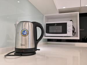 Coffee and tea making facilities at Strait Garden Suite @ Penang Centre