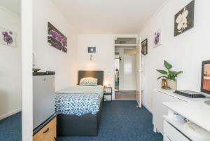 Een bed of bedden in een kamer bij Enschede