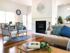 A seating area at RiverRun Cottage