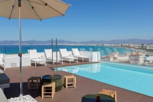 The swimming pool at or near whala!fun